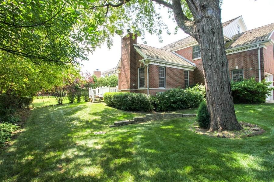 Real Estate Photography - 1471 Kittyhawk Ln, Glenview, IL, 60026 - Back Yard