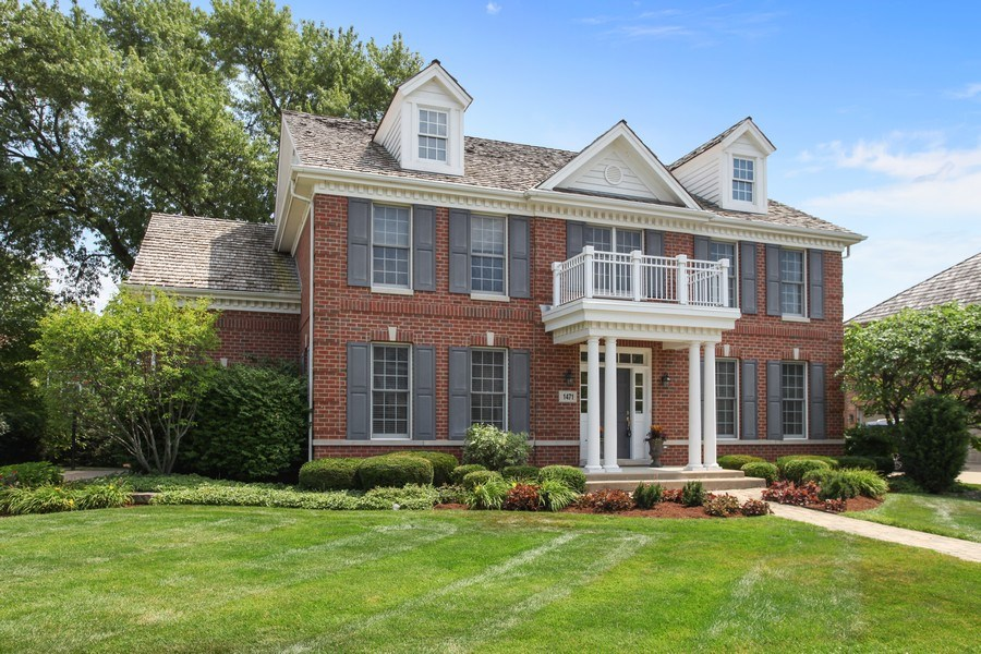 Real Estate Photography - 1471 Kittyhawk Ln, Glenview, IL, 60026 - Front View