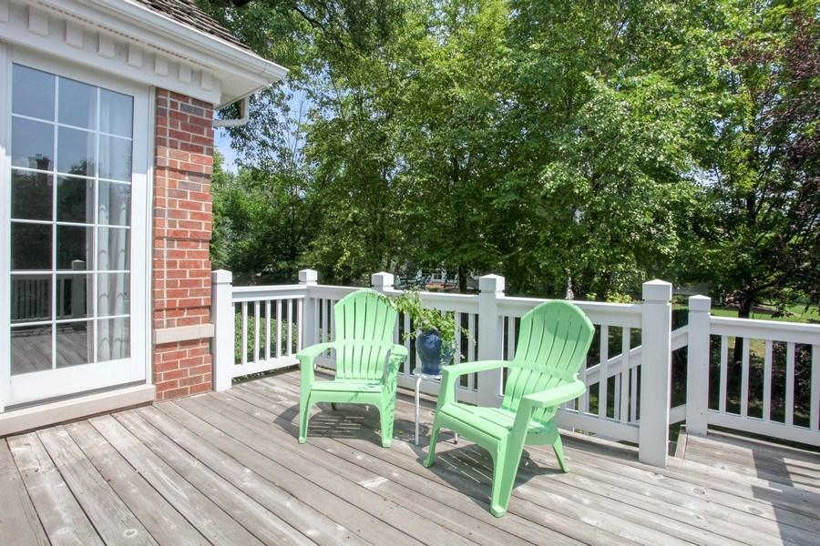 Real Estate Photography - 1471 Kittyhawk Ln, Glenview, IL, 60026 - Deck