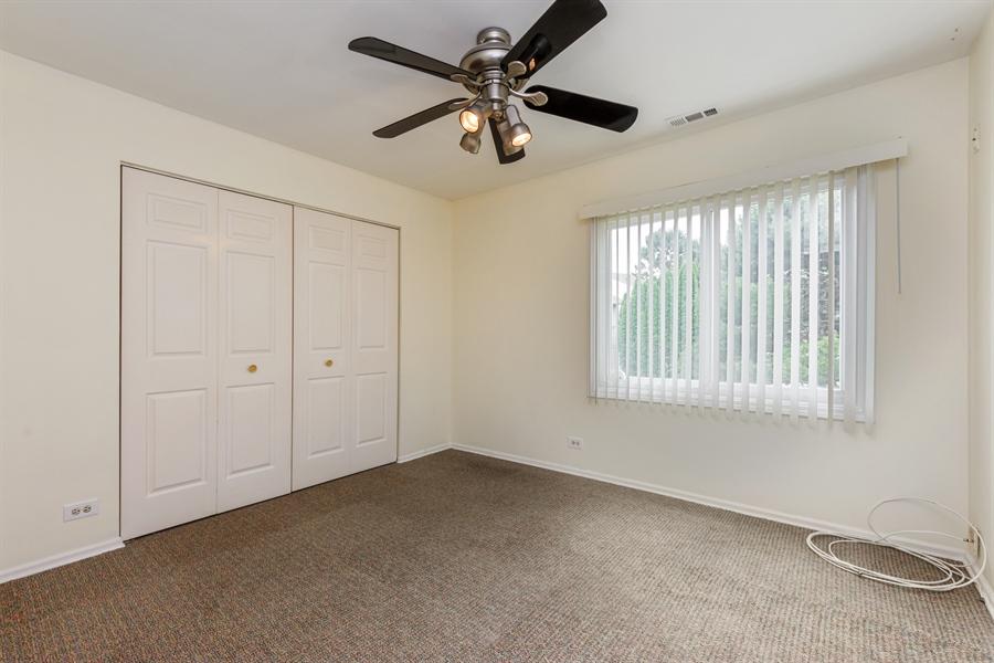 Real Estate Photography - 224 Winding Oak Ln, Buffalo Grove, IL, 60089 - 2nd Bedroom