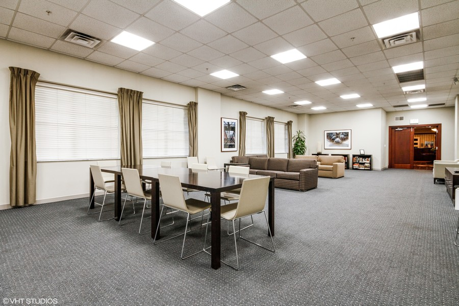 Real Estate Photography - 21 W Chestnut Street, unit 1102, Chicago, IL, 60610 - Hospitality Room