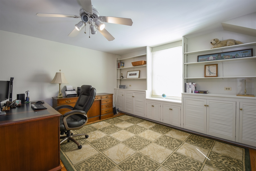 Real Estate Photography - 544 Rob Roy Court, Inverness, IL, 60067 - Office