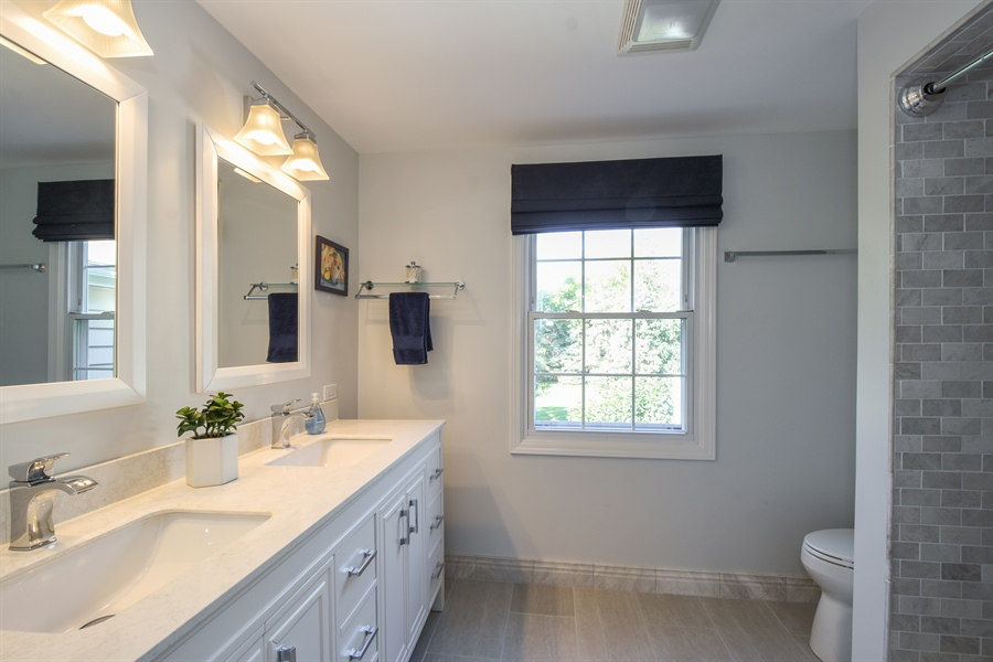 Real Estate Photography - 544 Rob Roy Court, Inverness, IL, 60067 - Bathroom