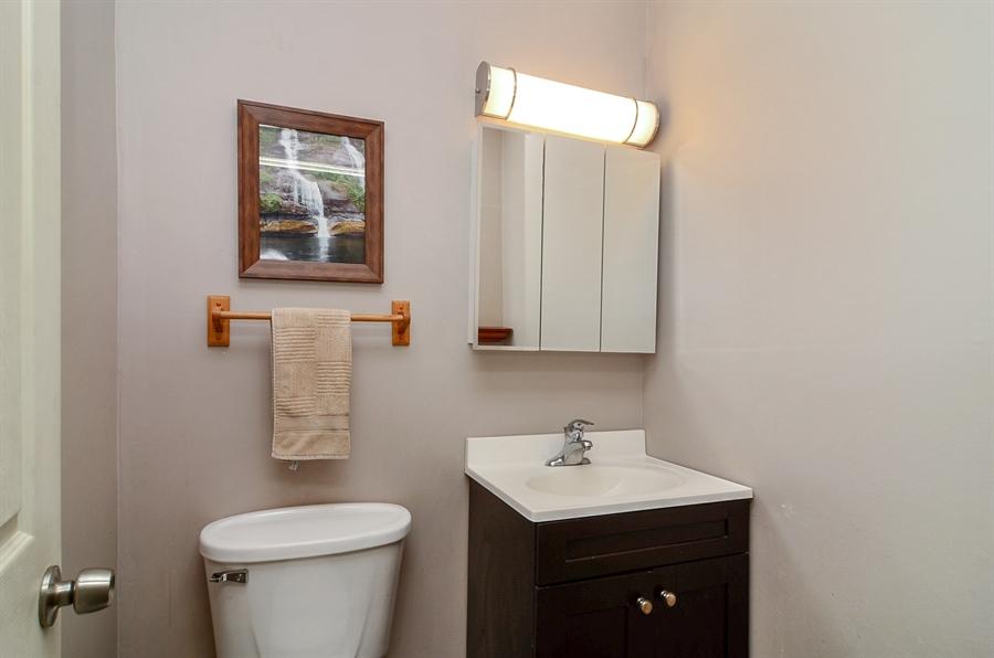 Real Estate Photography - 1510 Greenleaf, 2A, Chicago, IL, 60626 - Master Bathroom