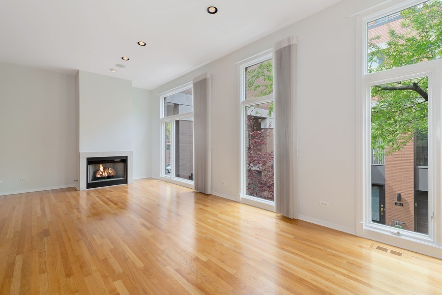 Real Estate Photography - 1445 N Cleveland, Unit A, Chicago, IL, 60610 - Living Room