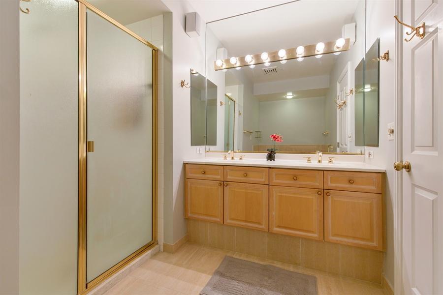 Real Estate Photography - 330 S Michigan Ave, Unit 1906, Chicago, IL, 60604 - Master Bathroom