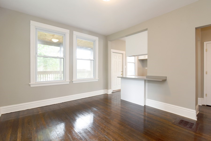 Real Estate Photography - 1753 W Devon, Chicago, IL, 60660 - Dining Area