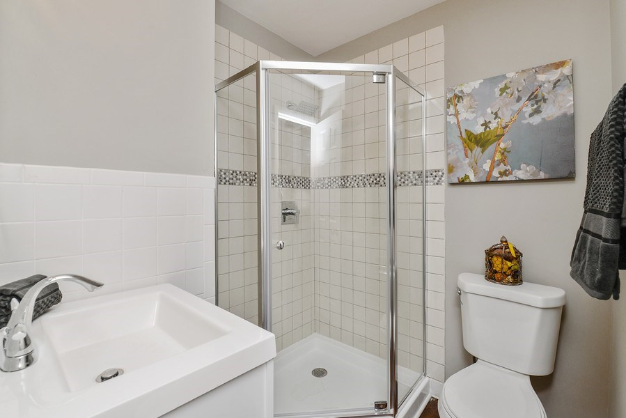 Real Estate Photography - 1753 W Devon, Chicago, IL, 60660 - 2nd Bathroom