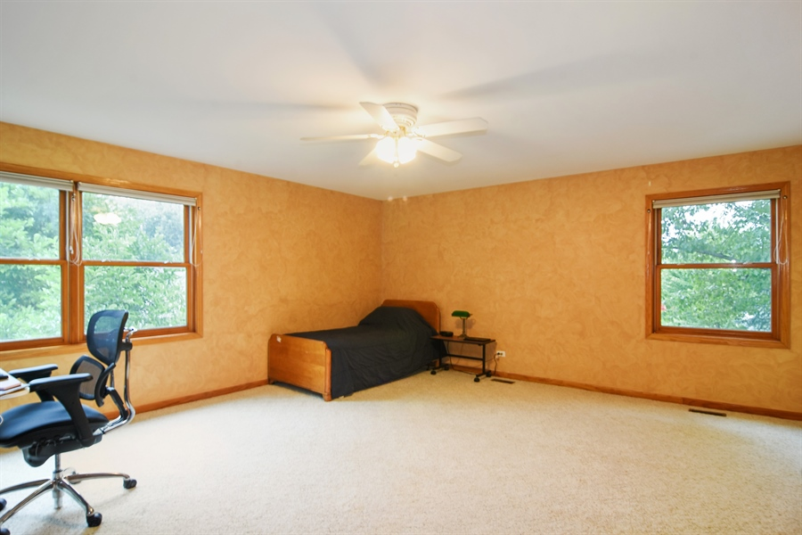 Real Estate Photography - 289 Lions Ct, Lake Zurich, IL, 60047 - 2nd Bedroom