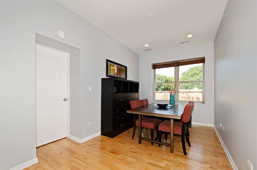 Real Estate Photography - 1641 W. Farwell Ave., 3S, Chicago, IL, 60626 - Dining Room