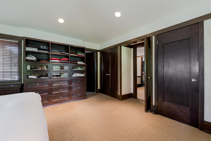 Real Estate Photography - 621 Warwick, Kenilworth, IL, 60043 - Master Bedroom