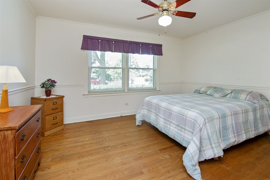 Real Estate Photography - 603 N Hickory Ave, Arlington Heights, IL, 60004 - Bedroom