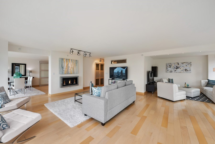 Real Estate Photography - 2 E Erie, 3005, Chicago, IL, 60611 - Living Room