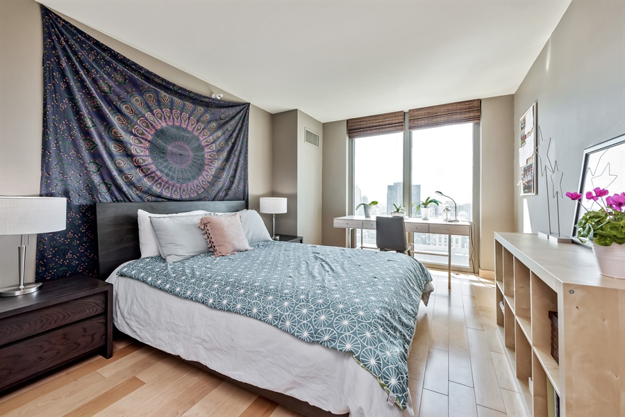 Real Estate Photography - 2 E Erie, 3005, Chicago, IL, 60611 - 2nd Bedroom