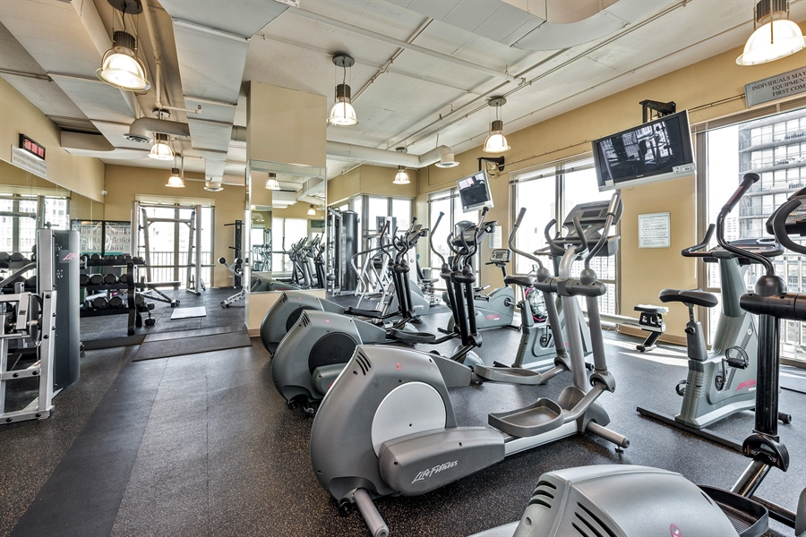 Real Estate Photography - 2 E Erie, 3005, Chicago, IL, 60611 - Gym