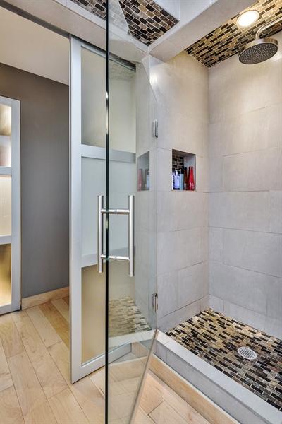 Real Estate Photography - 2 E Erie, 3005, Chicago, IL, 60611 - Master Bathroom