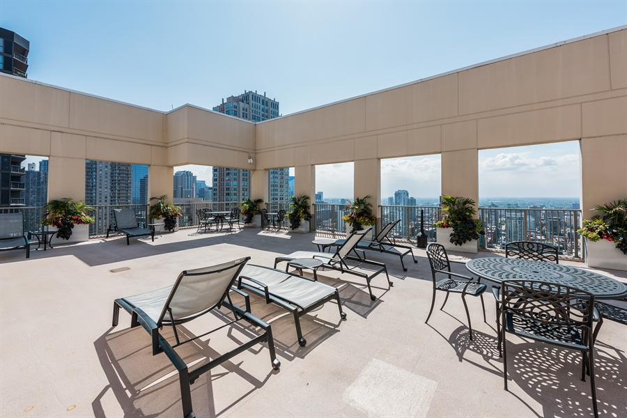 Real Estate Photography - 2 E Erie, 3005, Chicago, IL, 60611 - Roof Deck