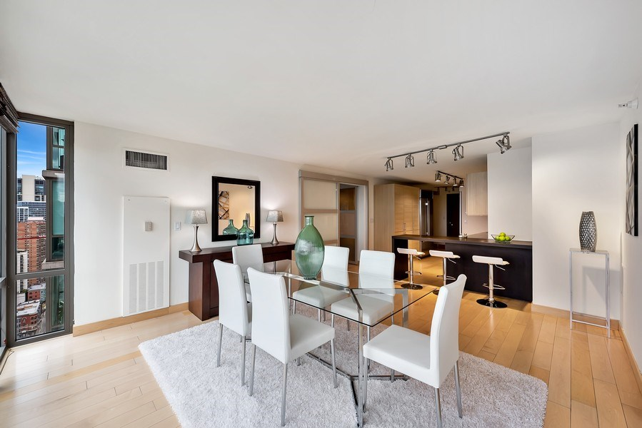 Real Estate Photography - 2 E Erie, 3005, Chicago, IL, 60611 - Kitchen / Dining Room