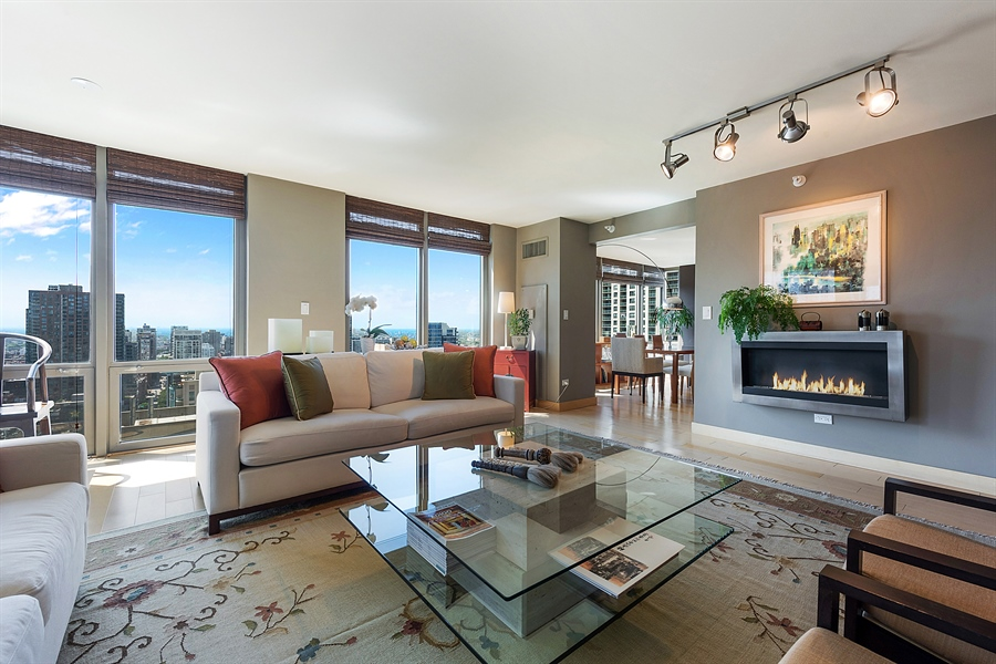 Real Estate Photography - 2 E Erie, 3005, Chicago, IL, 60611 - Living Room / Dining Room