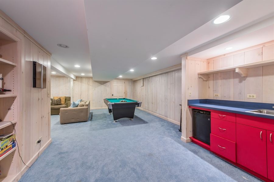 Real Estate Photography - 3004 Indianwood Rd, Wilmette, IL, 60091 - Recreational Room