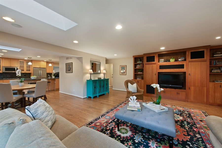 Real Estate Photography - 3004 Indianwood Rd, Wilmette, IL, 60091 - Family Room / Kitchen