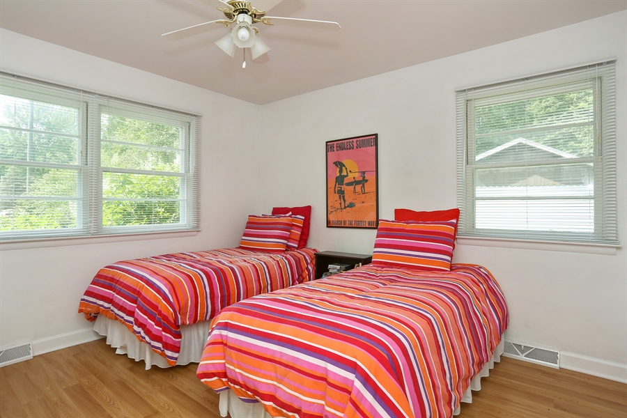 Real Estate Photography - 6713 Parkway Dr, sawyer, MI, 49125 - 2nd Bedroom