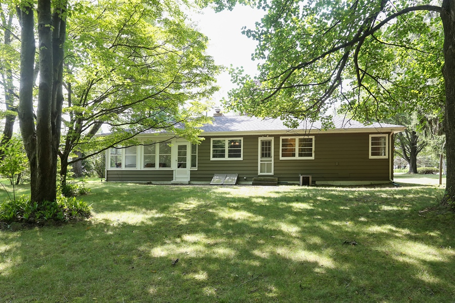 Real Estate Photography - 6713 Parkway Dr, sawyer, MI, 49125 - Rear View
