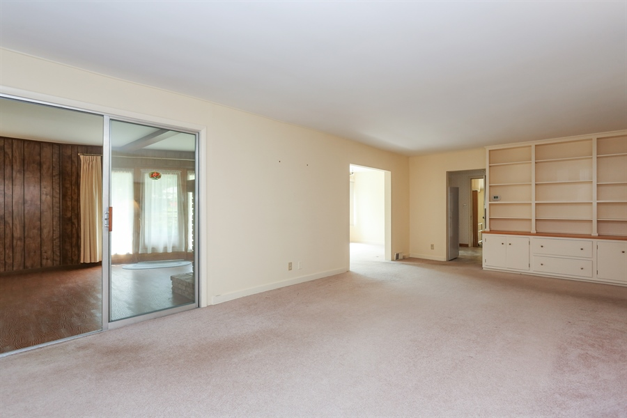 Real Estate Photography - 15206 Lakeside Rd, Lakeside, MI, 49116 - Living Room