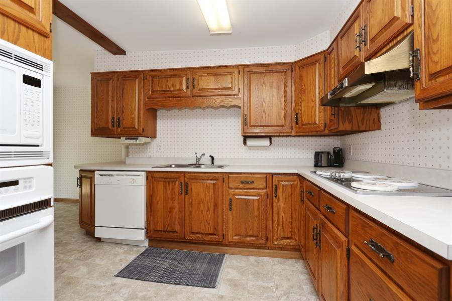 Real Estate Photography - 15206 Lakeside Rd, Lakeside, MI, 49116 - Kitchen