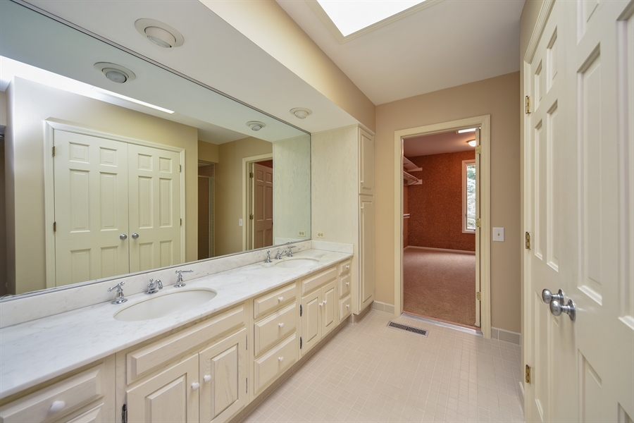Real Estate Photography - 21727 N Hickory Hill Dr, Kildeer, IL, 60047 - Master Bathroom