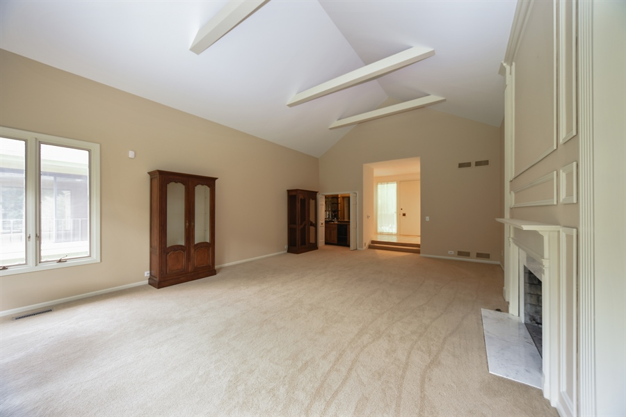 Real Estate Photography - 21727 N Hickory Hill Dr, Kildeer, IL, 60047 - Living Room