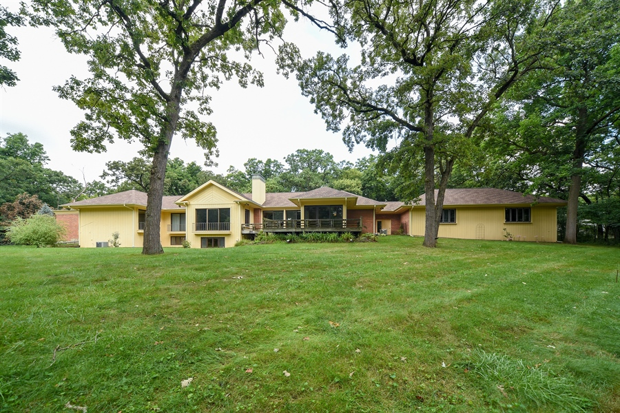 Real Estate Photography - 21727 N Hickory Hill Dr, Kildeer, IL, 60047 - Rear View