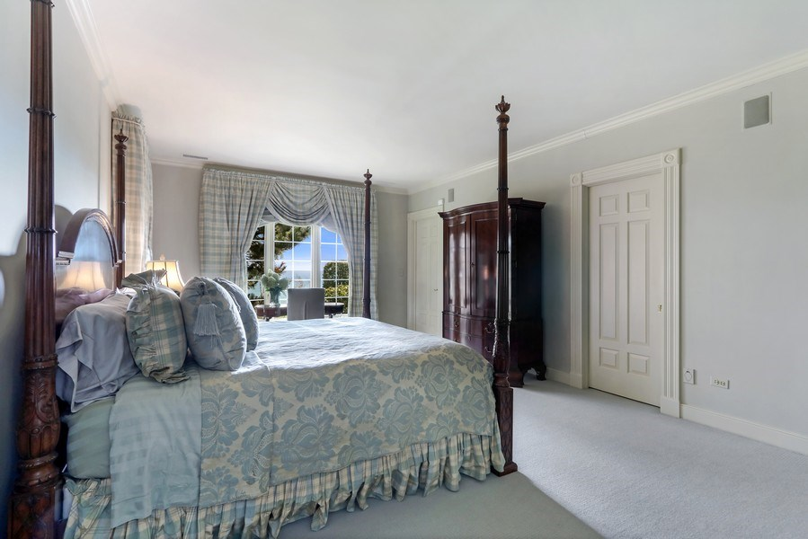 Real Estate Photography - 700 Crab tree Ln, Lake Bluff, IL, 60044 - 5th Bedroom