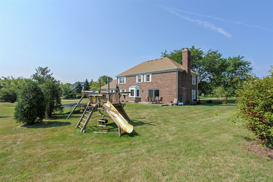 Real Estate Photography - 20553 N Weatherstone, Kildeer, IL, 60047 - Back Yard