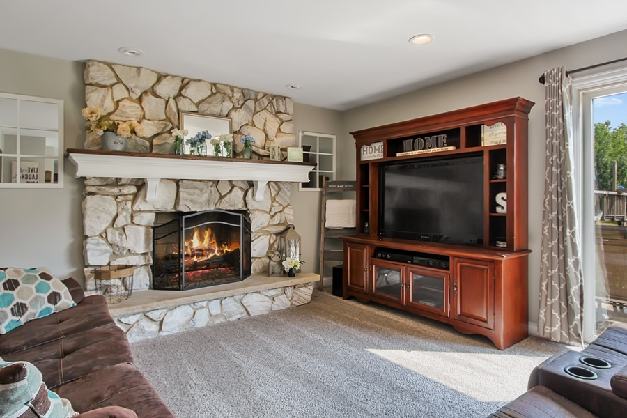 Real Estate Photography - 20553 N Weatherstone, Kildeer, IL, 60047 - Family Room