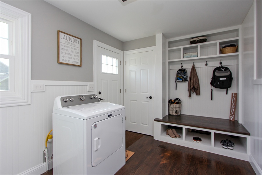 Real Estate Photography - 20553 N Weatherstone, Kildeer, IL, 60047 - Laundry Room