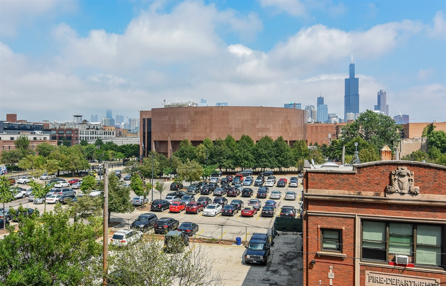 Real Estate Photography - 6 S Laflin, 413, Chicago, IL, 60607 - View