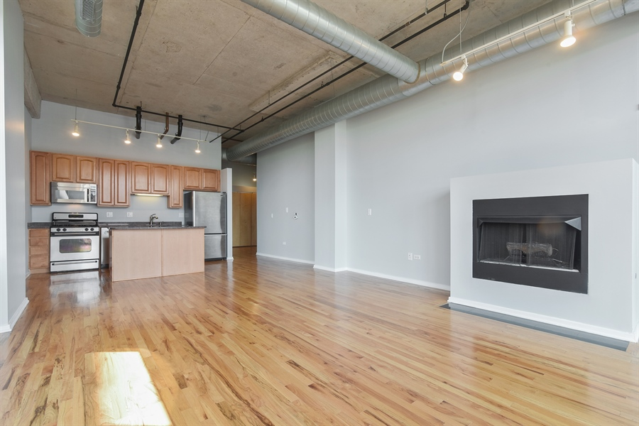 Real Estate Photography - 6 S Laflin, 413, Chicago, IL, 60607 - Kitchen / Living Room