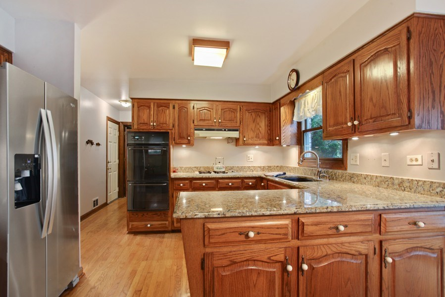 Real Estate Photography - 573 87th st, Burr Ridge, IL, 60527 - Kitchen