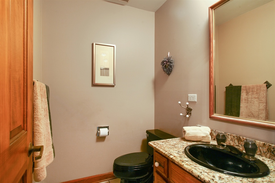Real Estate Photography - 573 87th st, Burr Ridge, IL, 60527 - 2nd Bathroom