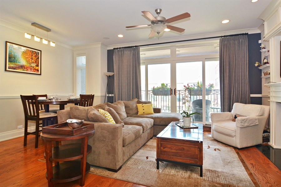 Real Estate Photography - 2848 N Sheffield, 3S, Chicago, IL, 60657 - Living Room / Dining Room