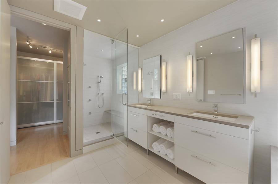 Real Estate Photography - 2550 W Cullom Avenue, Chicago, IL, 60618 - Master Bathroom