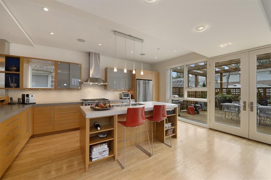 Real Estate Photography - 2550 W Cullom Avenue, Chicago, IL, 60618 - Kitchen