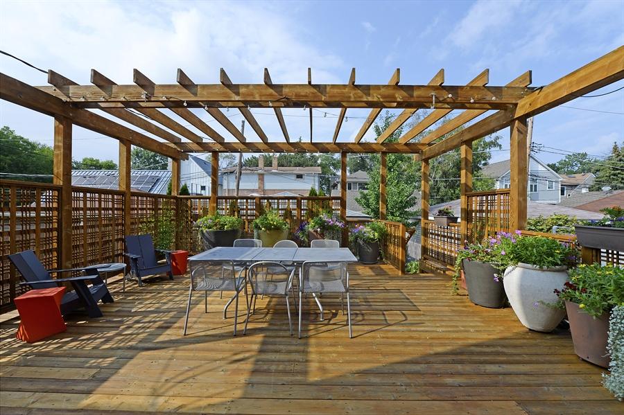 Real Estate Photography - 2550 W Cullom Avenue, Chicago, IL, 60618 - Terrace