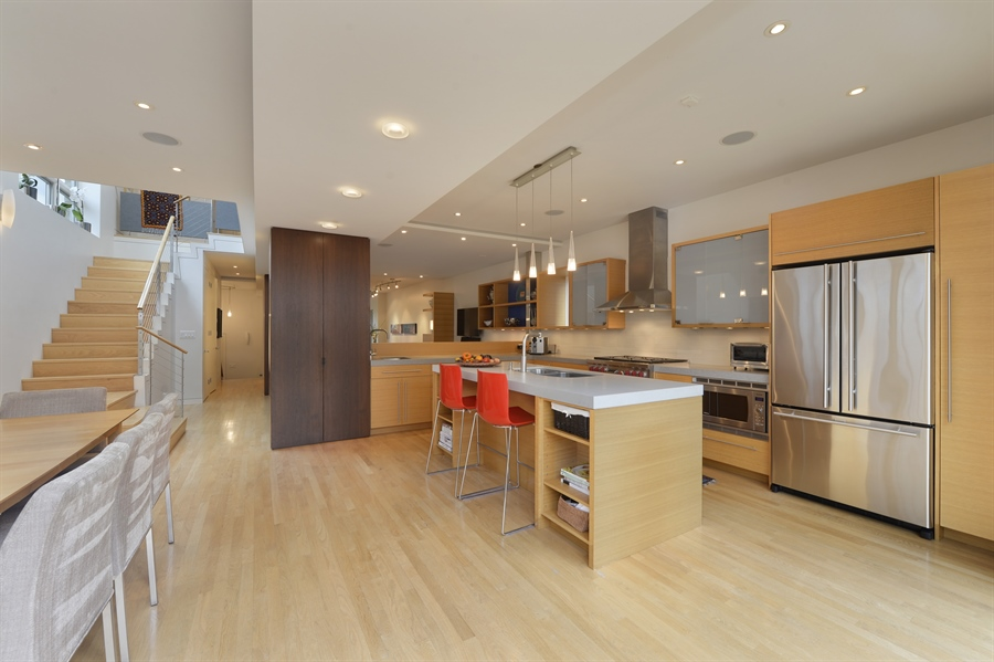Real Estate Photography - 2550 W Cullom Avenue, Chicago, IL, 60618 - Kitchen / Dining Room