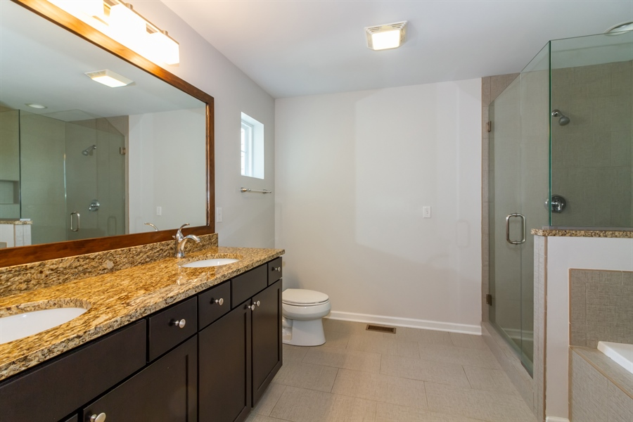 Real Estate Photography - 1150 Park Dr #905, Lake Geneva, WI, 53147 - Master Bathroom