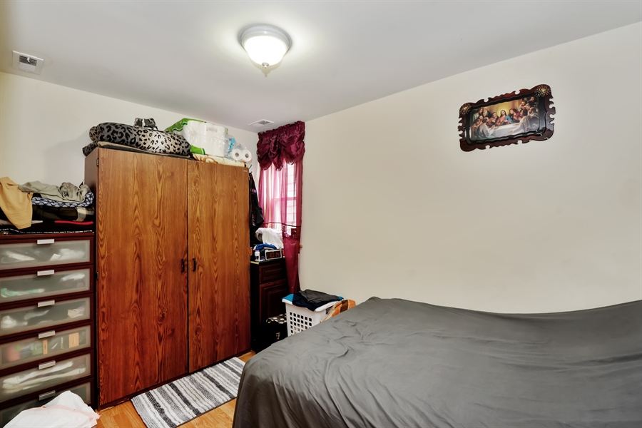Real Estate Photography - 918 N Mozart, Chicago, IL, 60622 - Unit 3 - Master Bedroom