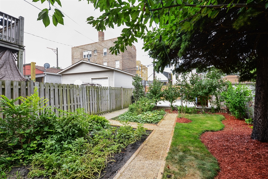 Real Estate Photography - 918 N Mozart, Chicago, IL, 60622 - Back Yard