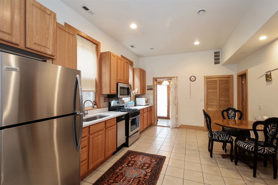 Real Estate Photography - 918 N Mozart, Chicago, IL, 60622 - Unit 2 Kitchen