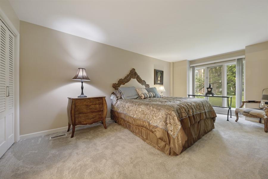 Real Estate Photography - 2 Oak Brook Club Drive, C107, Oak Brook, IL, 60523 - Master Bedroom